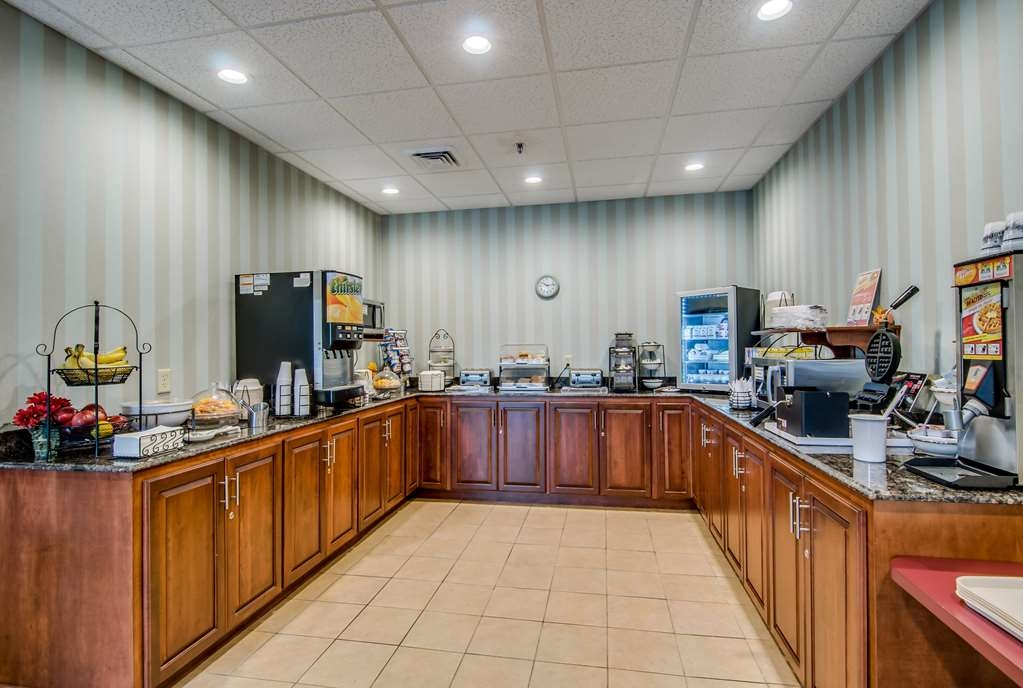 Best Western Staunton Inn - Desayuno Buffet