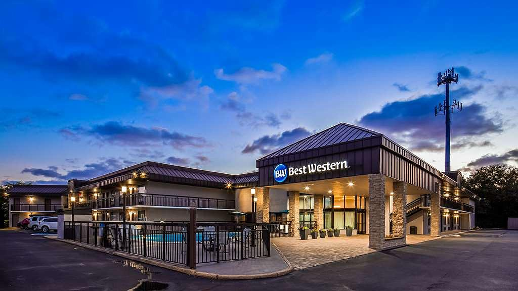 Best Western Center Inn - Vista exterior