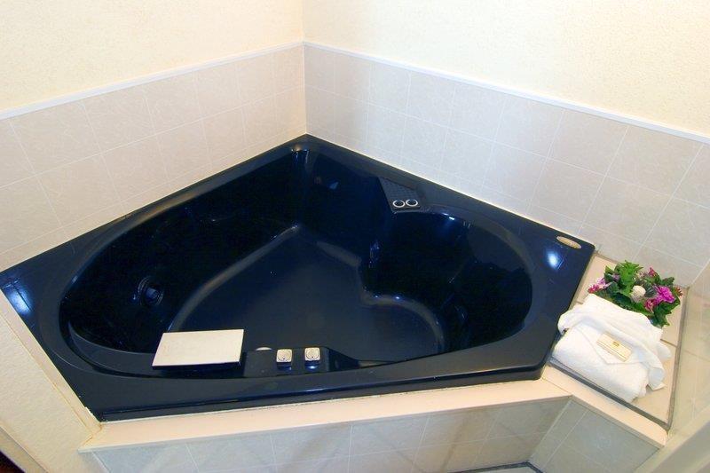 Best Western Emporia - Suite con piscina de hidromasaje