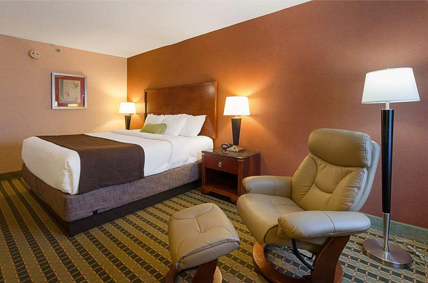 Hotel in Roanoke   Best Western Plus Inn at Valley View