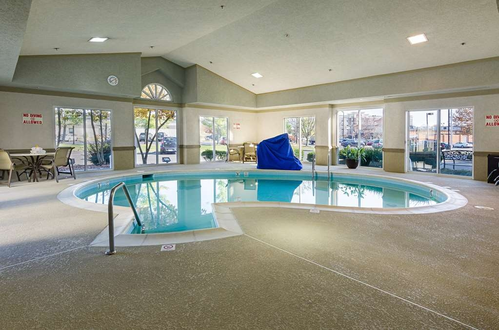 Best Western Plus Inn at Valley View - piscina cubierta