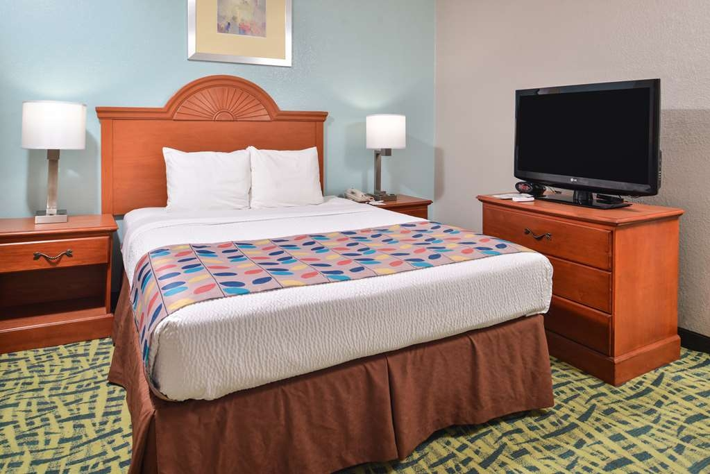 Best Western Plus Holiday Sands Inn & Suites - Suite
