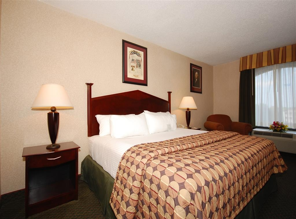 Best Western Springfield - Many options are available for your lodging pleasure.