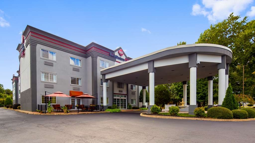 Best Western Plus Newport News Inn & Suites - Façade