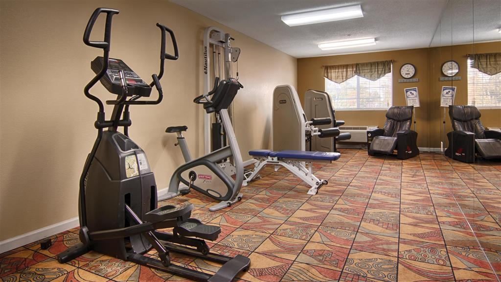 Best Western Plus Newport News Inn & Suites - fitnessraum