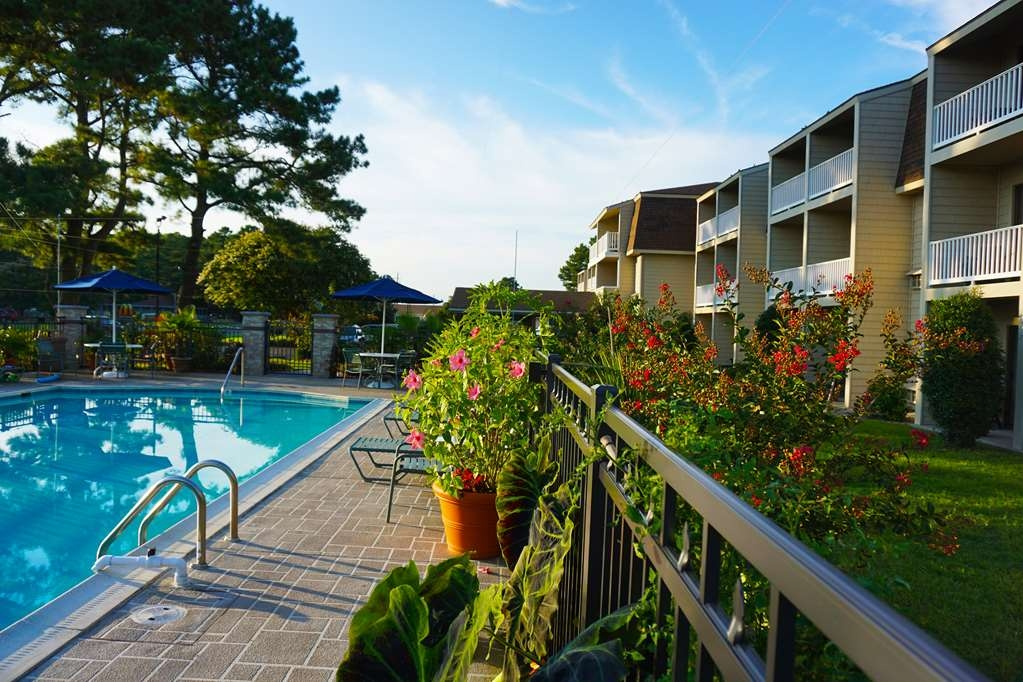Best Western Chincoteague Island - Piscina