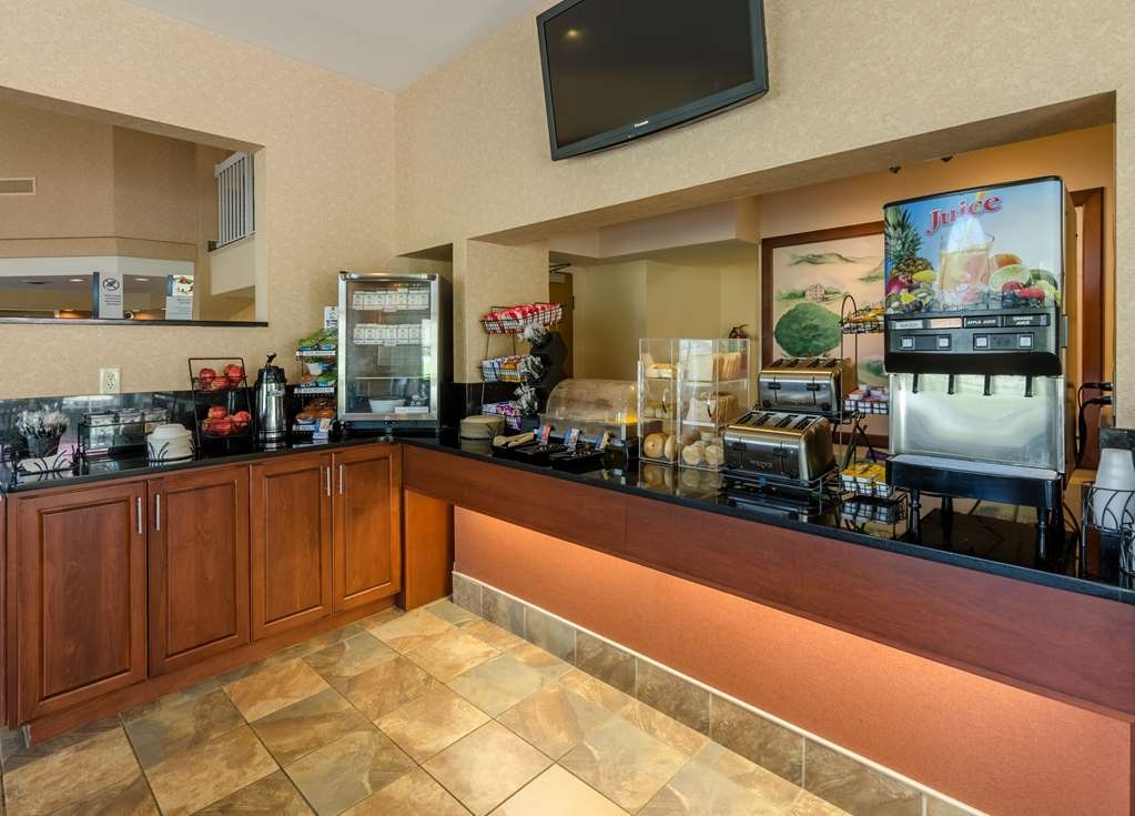 Best Western Lexington Inn - Bar de petit déjeuner