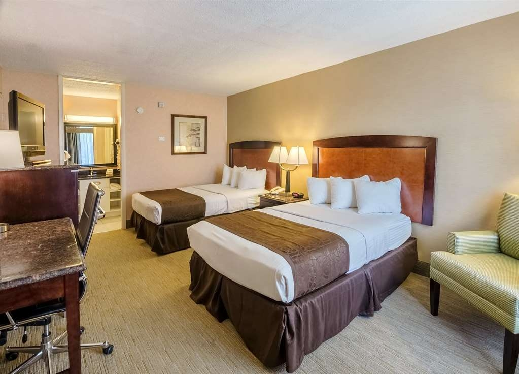 Best Western Lexington Inn - Enjoy a great night's sleep in our comfortable beds.