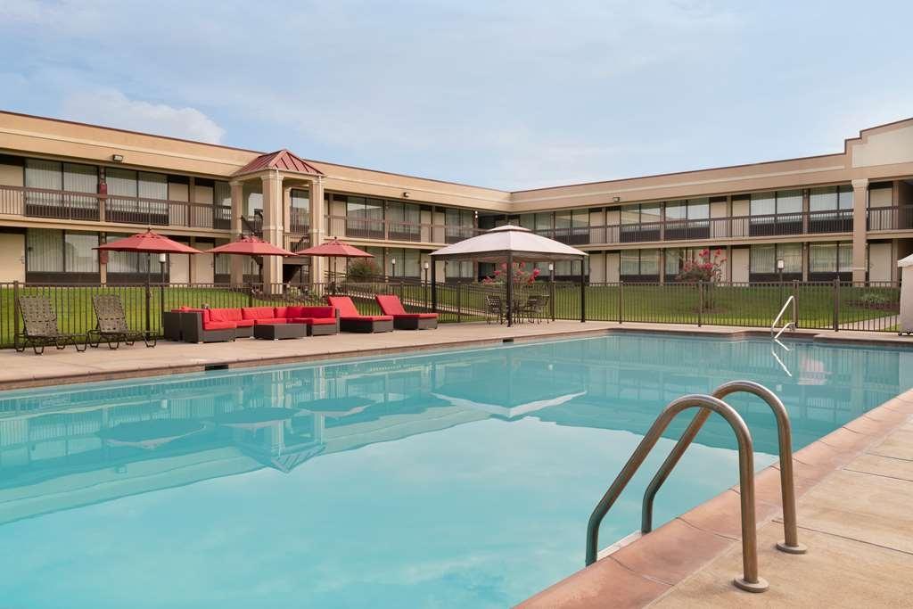 Best Western Culpeper Inn - Vue de la piscine
