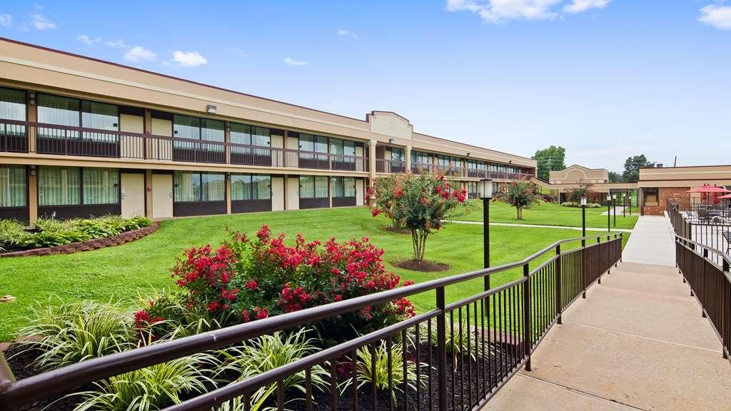Best Western Culpeper Inn - Facciata dell'albergo