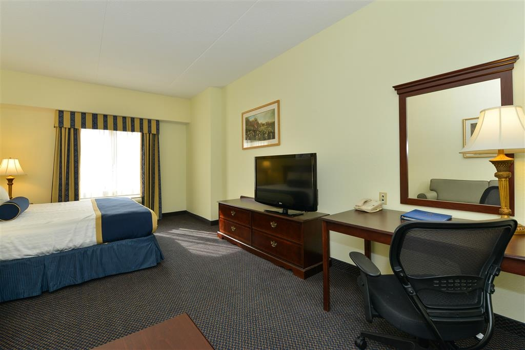 Best Western Plus Crossroads Inn & Suites - King Suite