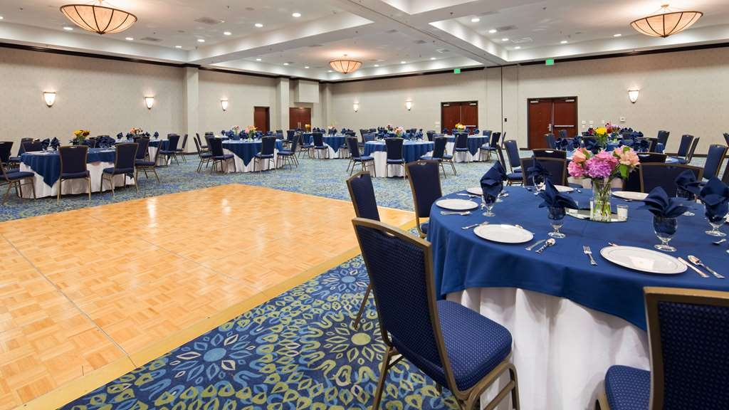 Best Western Plus Waynesboro Inn & Suites Conference Center - salón de baile