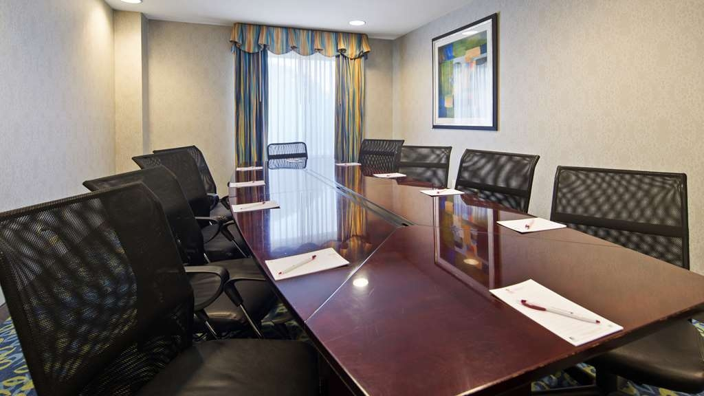 Best Western Plus Waynesboro Inn & Suites Conference Center - Sala de reuniones