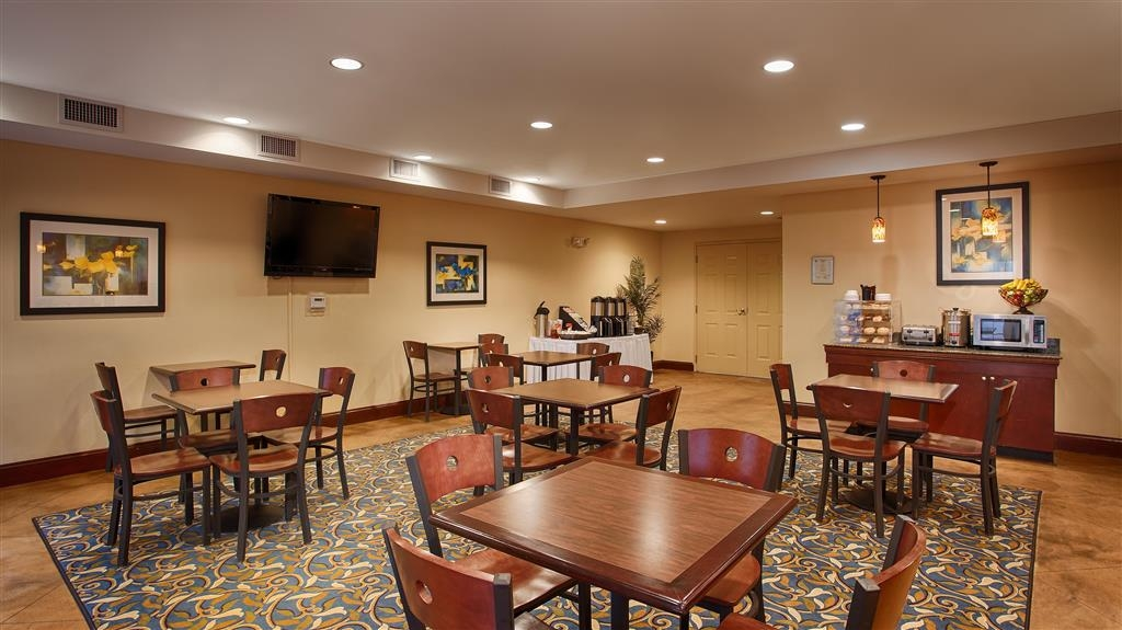 Best Western Plus Waynesboro Inn & Suites Conference Center - Restaurante/Comedor