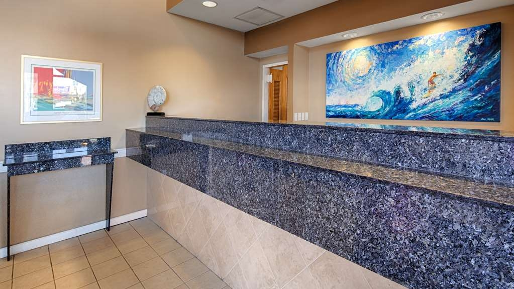 Best Western Plus Virginia Beach - Front Desk