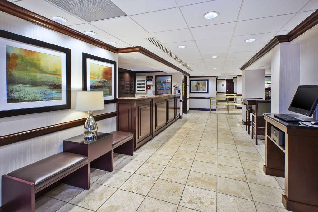 Best Western Dulles Airport Inn - We strive to exceed your every expectation starting from the moment you walk into our lobby.