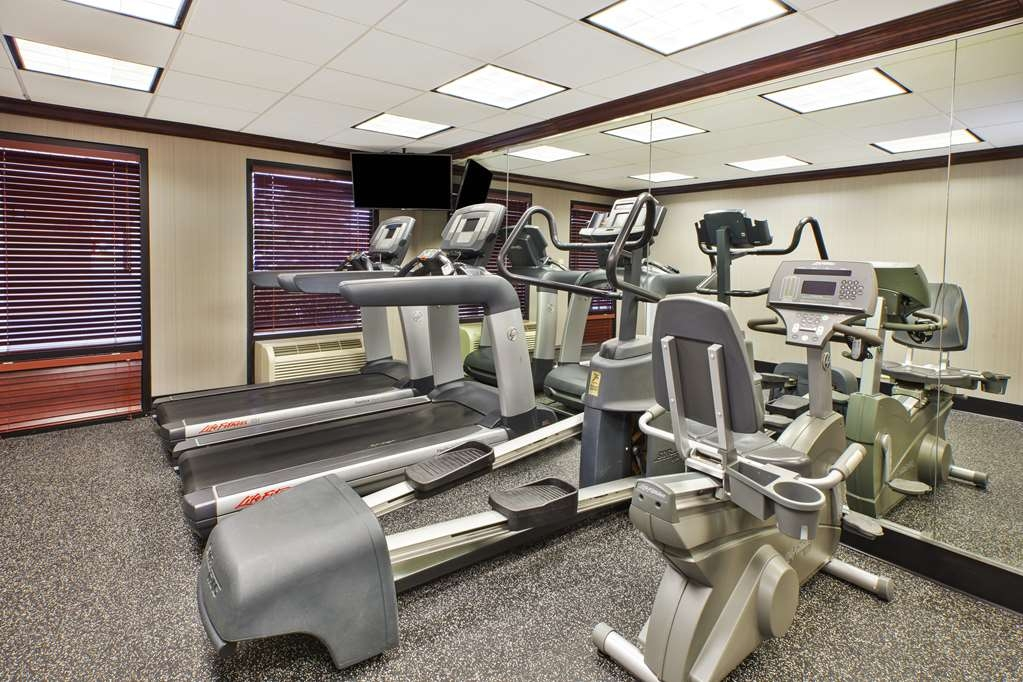 Best Western Dulles Airport Inn - There is no need to take a break from your fitness routing during your stay with us.
