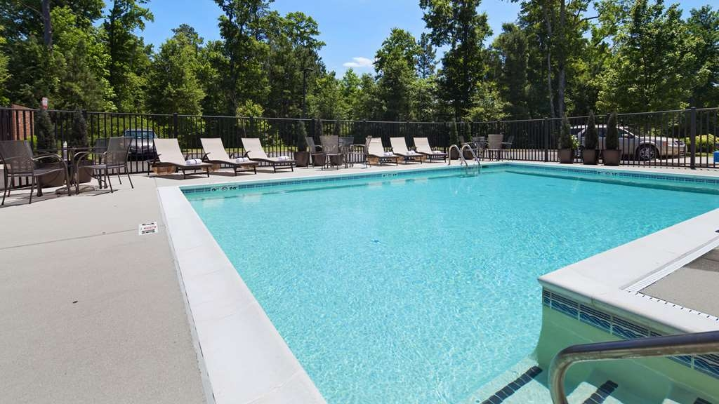 Best Western Plus Glen Allen Inn - Piscina