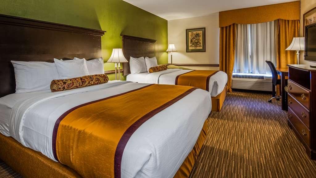 Best Western Plus South Hill Inn - Guest room