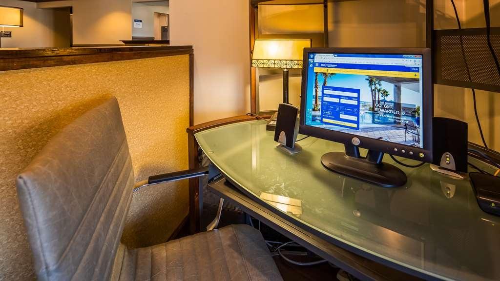 Best Western Plus South Hill Inn - Business center