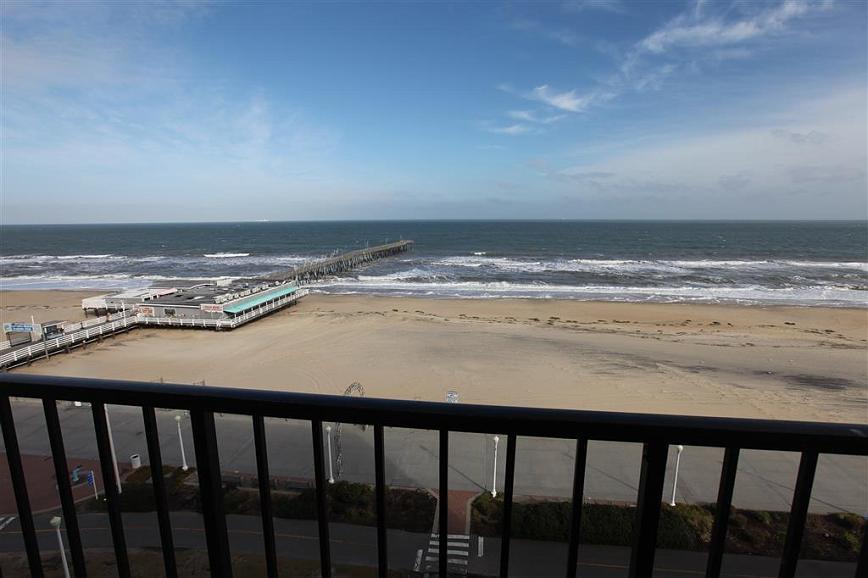 Hotel in Virginia Beach | Best Western Plus Sandcastle