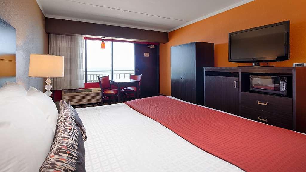 Hotel in Virginia Beach   Best Western Plus Sandcastle