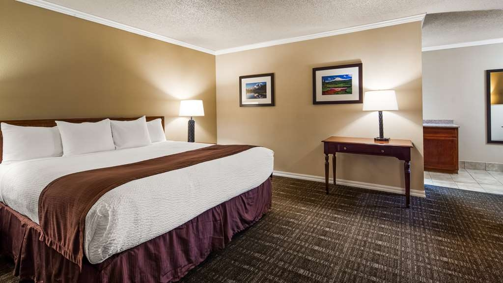 Best Western Lakewood - Suite