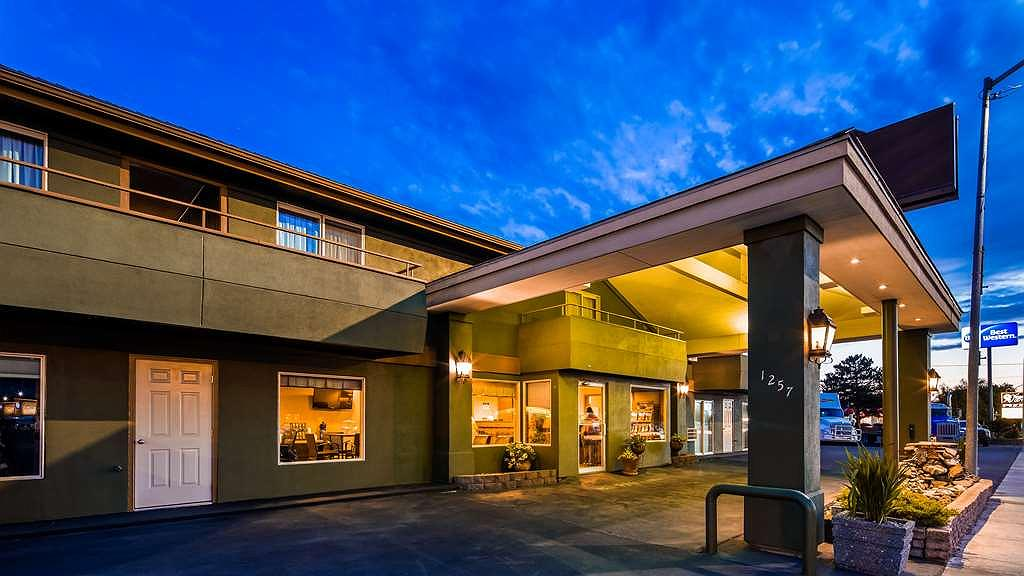 Best Western RiverTree Inn - Welcome to the Best Western RiverTree Inn
