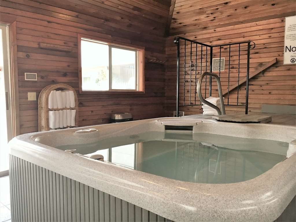 Best Western RiverTree Inn - Relax in our hot tub.
