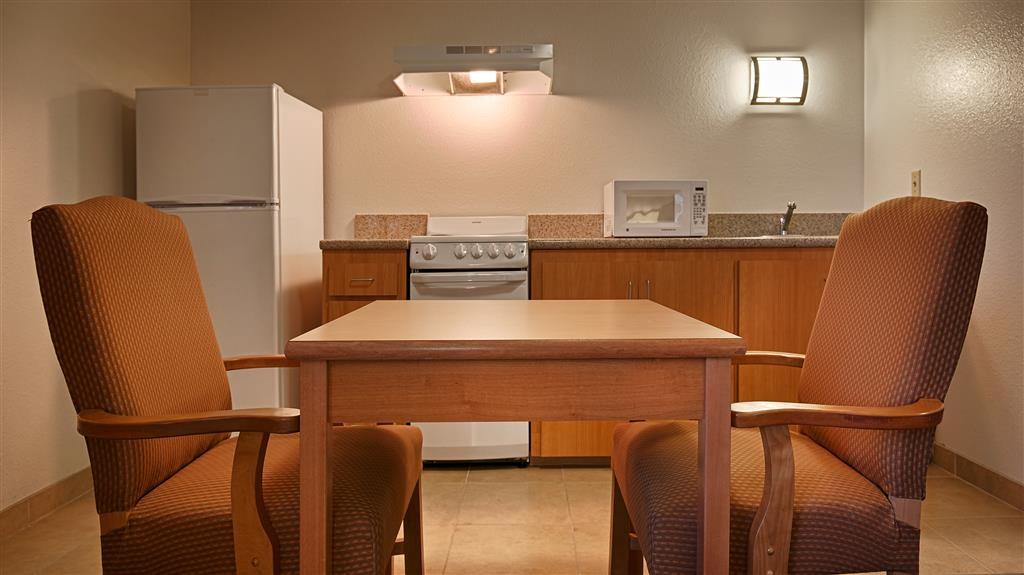Best Western Aladdin Inn - Kitchenette
