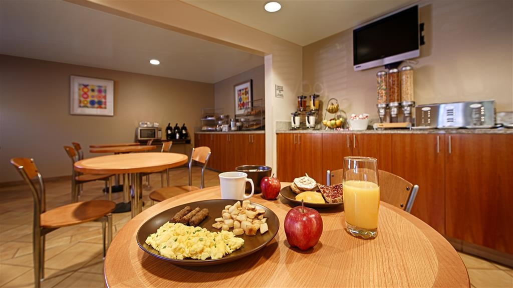 Best Western Aladdin Inn - Free Hot Breakfast