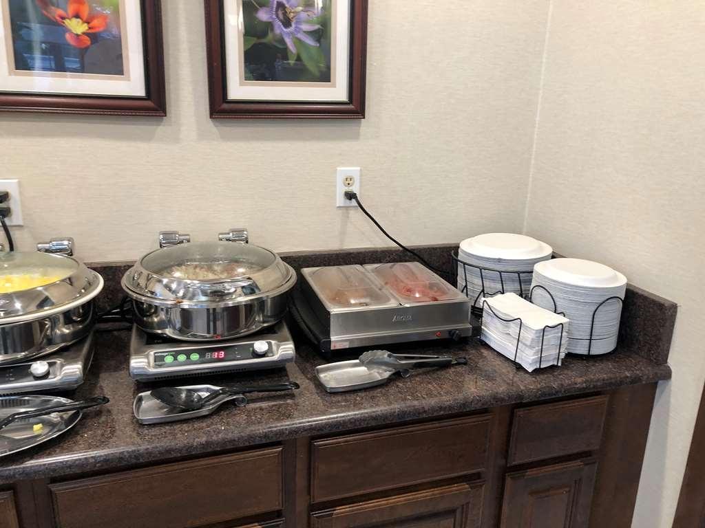Best Western College Way Inn - Restaurant / Gastronomie