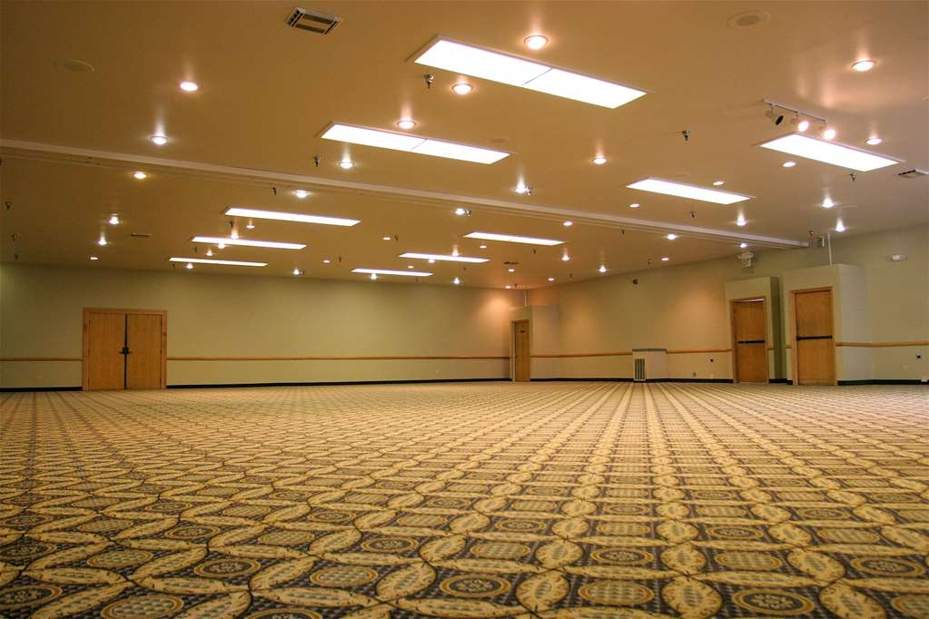 Best Western Plus Skagit Valley Inn and Convention Center - Ballroom