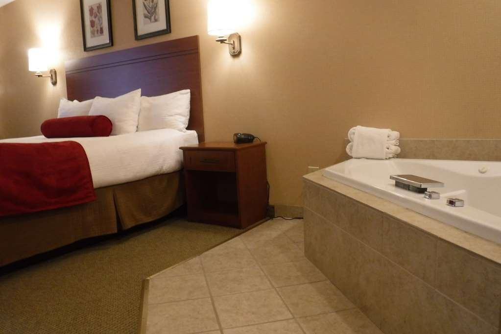 Best Western Plus Skagit Valley Inn and Convention Center - Suite