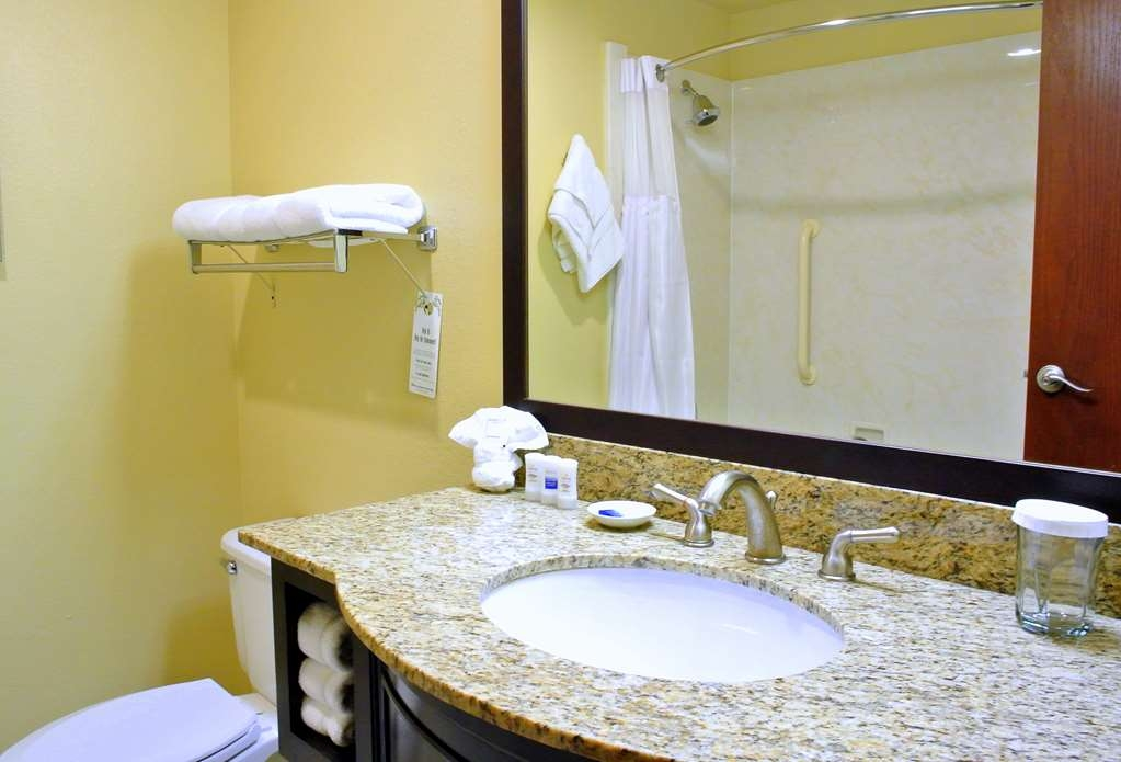 Best Western Plus Plaza by the Green - Salle de bain