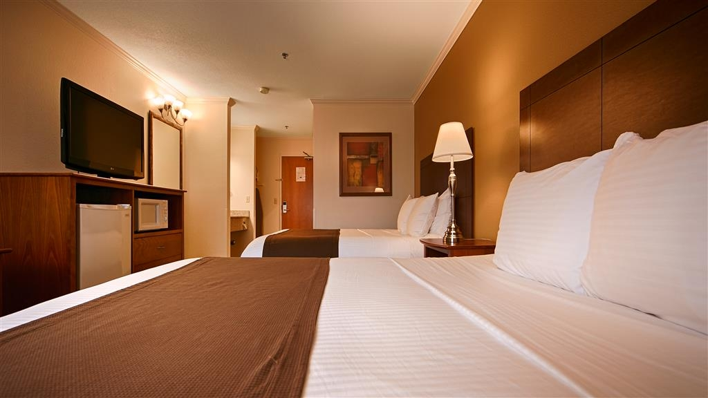 Best Western Tumwater-Olympia Inn - Our rooms with two beds are perfect for groups or families traveling to Tumwater.