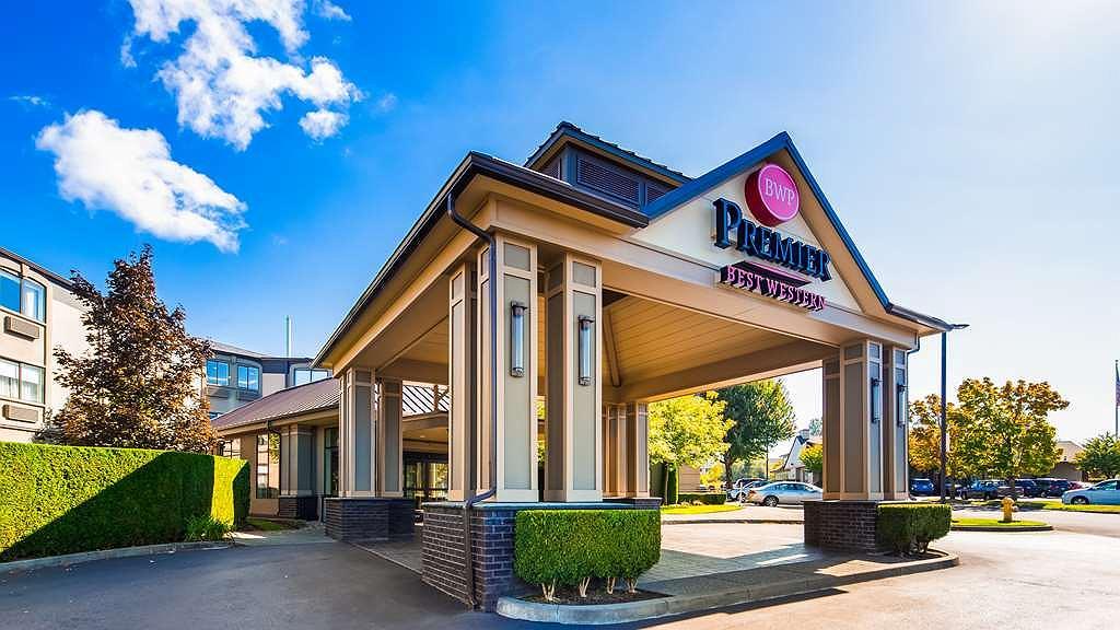 Best Western Premier Plaza Hotel & Conference Center - Area esterna