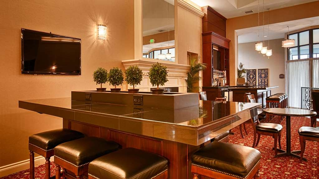 Best Western Premier Plaza Hotel & Conference Center - Hall