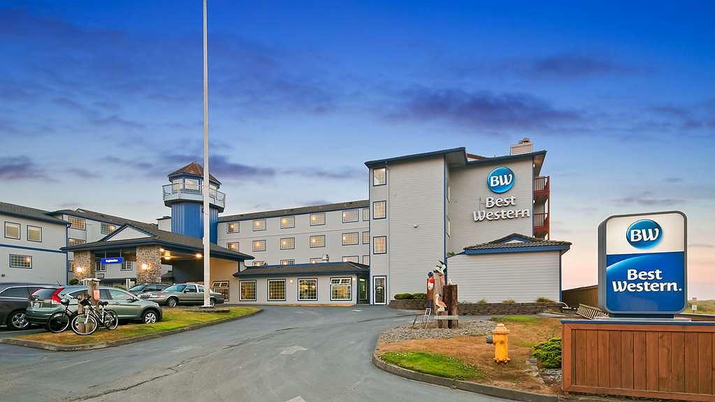 Best Western Lighthouse Suites Inn - Facciata dell'albergo