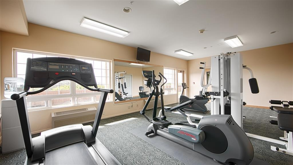 Best Western Lighthouse Suites Inn - Our exercise facility is open 24 hours a day.