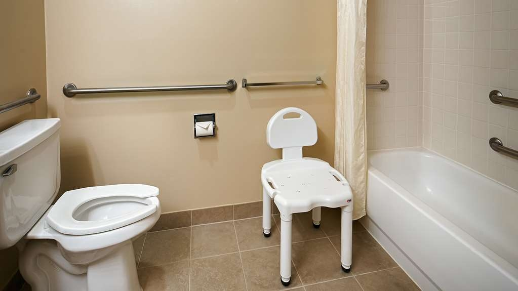 Best Western Sky Valley Inn - We offer mobility accessible rooms for our valued guests upon request.