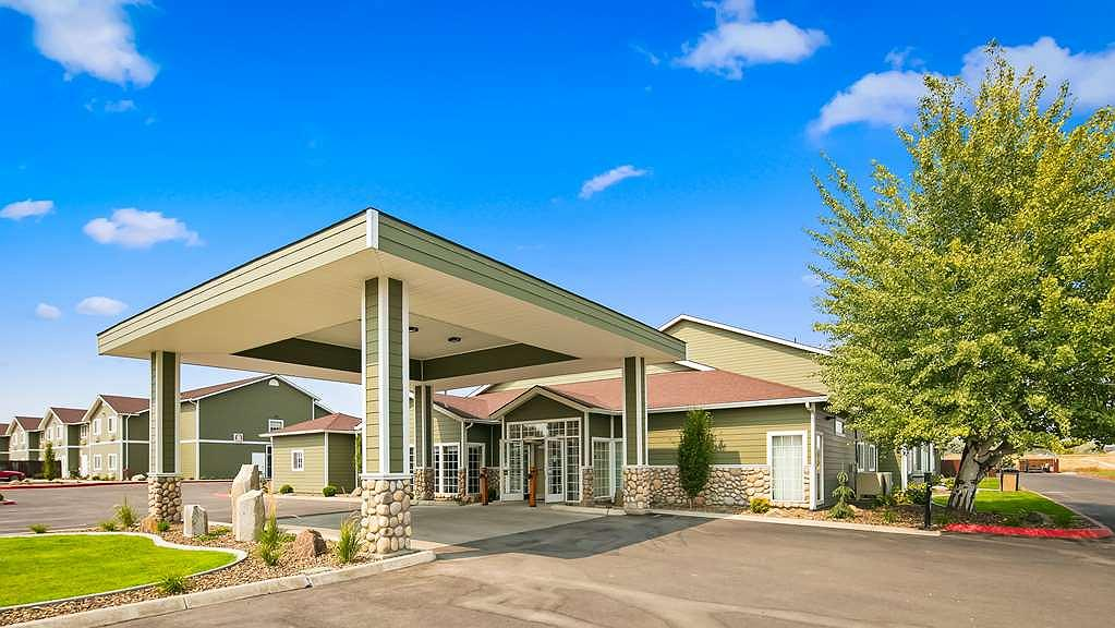Best Western Plus The Inn at Horse Heaven - Come visit us when you're in beautiful Prosser, Washington.