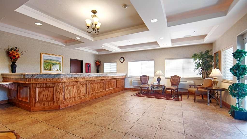 Best Western Plus Walla Walla Suites Inn - Hall