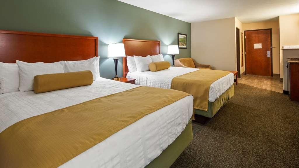 Best Western Plus Walla Walla Suites Inn - Two Queens Guest Room