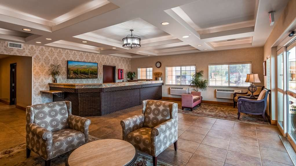Best Western Plus Walla Walla Suites Inn - Lobby