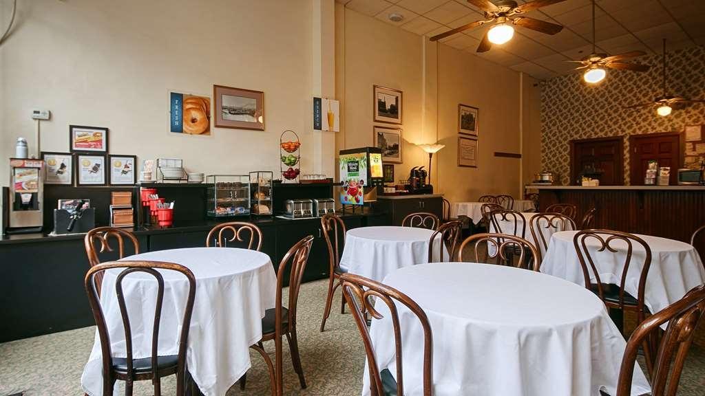 Best Western Plus Pioneer Square Hotel Downtown - Le petit déjeuner buffet