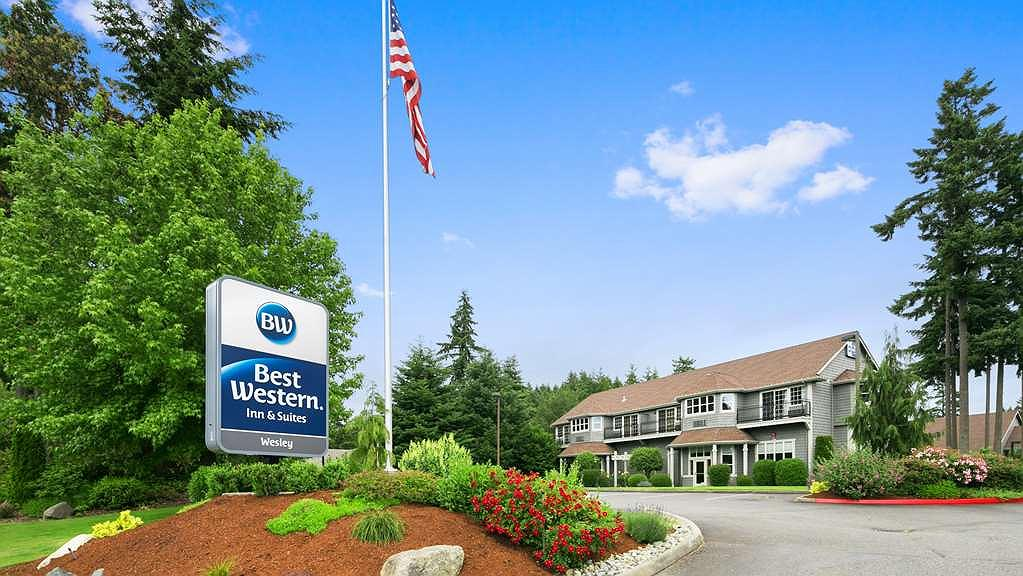 Best Western Wesley Inn & Suites - Area esterna