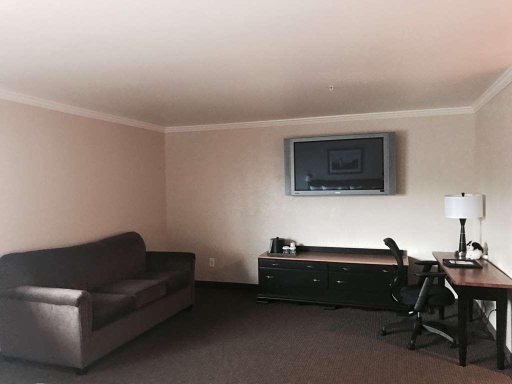 Best Western Wesley Inn & Suites - King & Queen with Sofa Bed