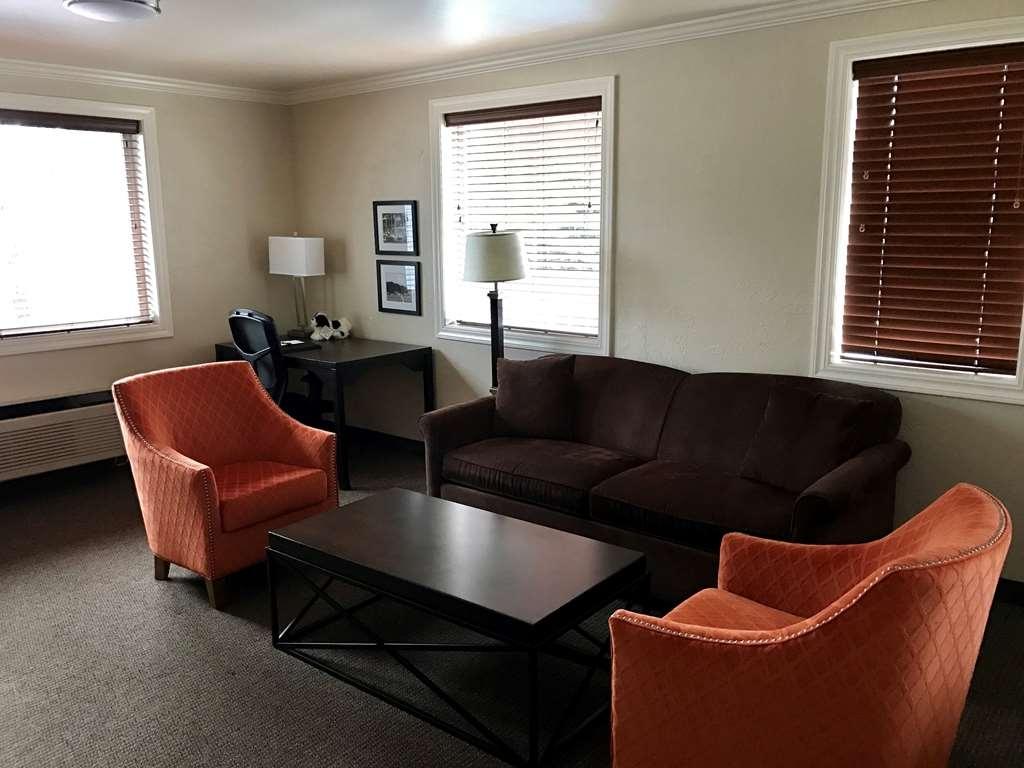 Best Western Wesley Inn & Suites - Gästezimmer/ Unterkünfte