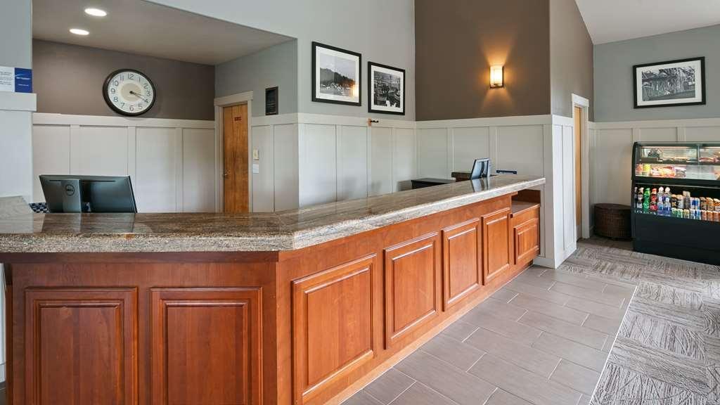 Best Western Wesley Inn & Suites - Hall
